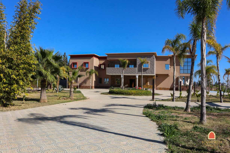 Villa For Sale Marrakech Great Location - Riads For Sale Marrakech - Marrakesh Realty - Marrakech Real Estate - Villa a Vendre Marrakech -Immobilier Marrakech - Riads a Vendre Marrakech