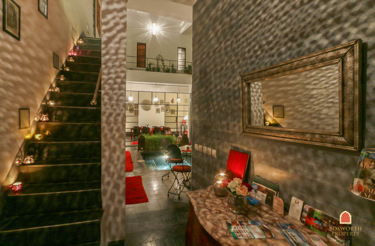 Gorgeous Contemporary Riad Guesthouse For Sale Marrakech - Riads For Sale Marrakech - Hotel For Sale Marrakech - Marrakech Real Estate - Immobilier Marrakech - Riads a Vendre Marrakech